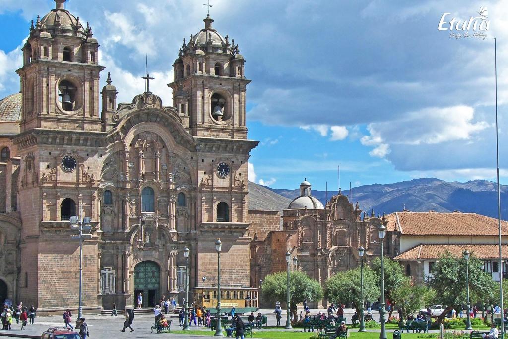 Peru Cusco Plaza de Armas