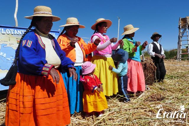 Localnici Titicaca Peru