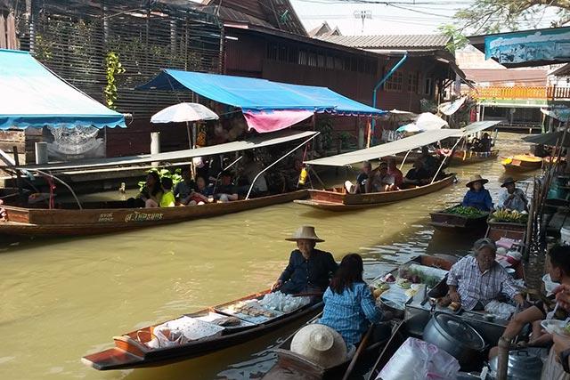 Bangkok Piata Plutitoare
