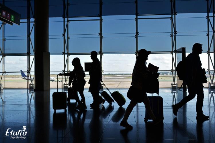 Bagajul de vacanta - obiecte permise si interzise in bagaj