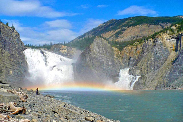 Canada_Nahanni_Virginia-Falls