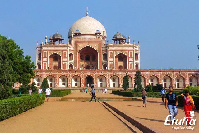 Mormantul lui Humayun India