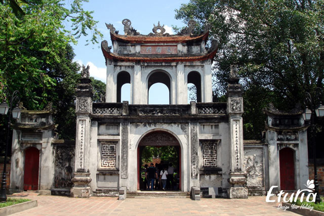 Templul literaturii Hanoi