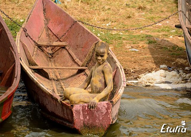 uganda-boat
