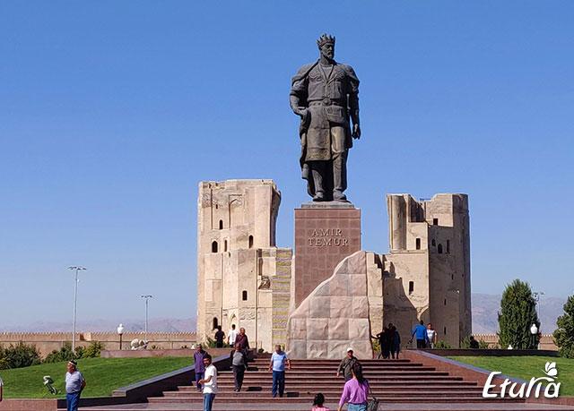 Statuie Shahrisabz