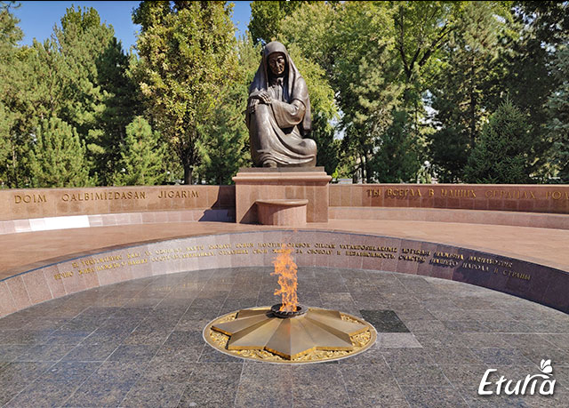 Monument Tashkent
