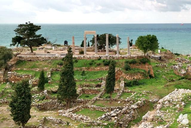 Byblos, Ruinele feniciene